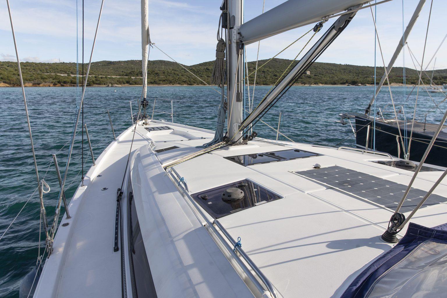 Day dream Jeanneau 54 Sun charter Sardinia