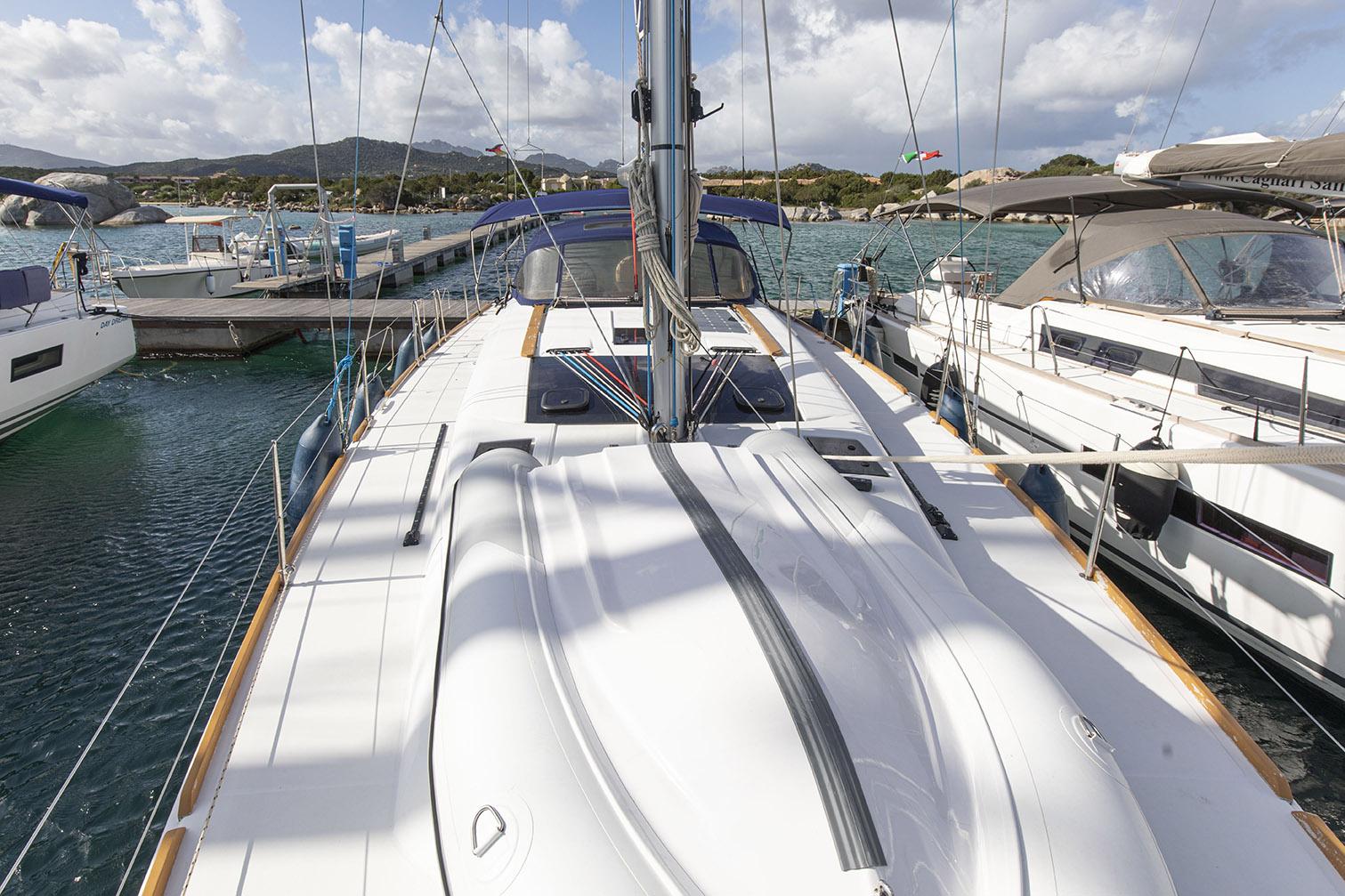 Dufour 460 Topsy Sun Charter