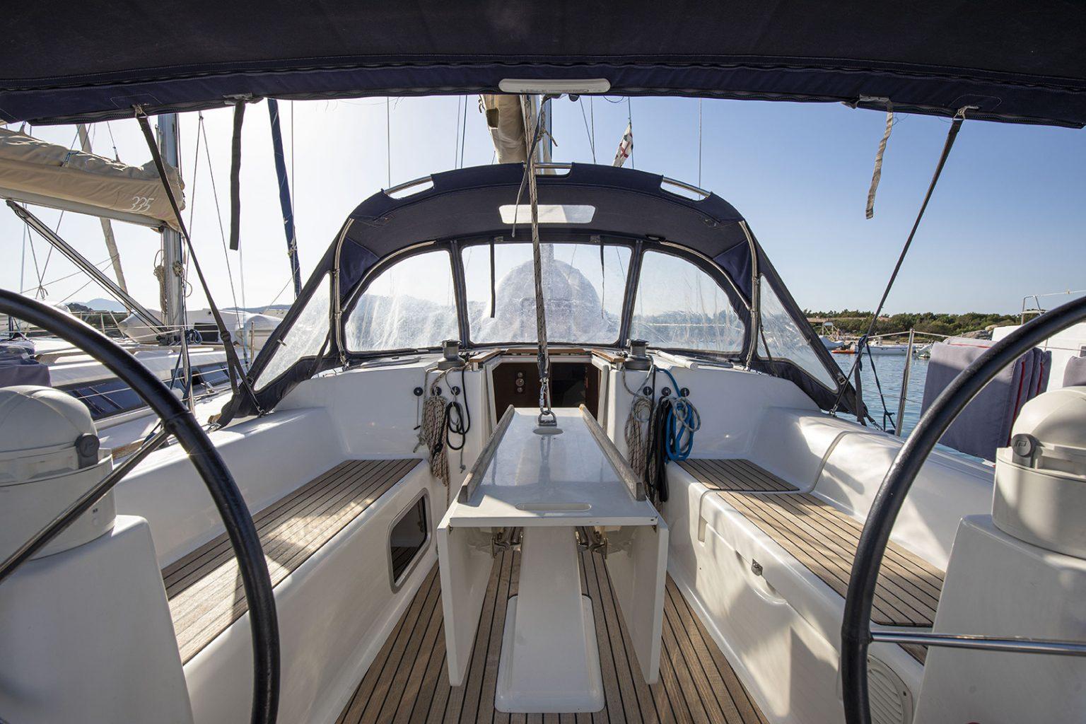 Dufour 335 Summer Breeze Sun Charter